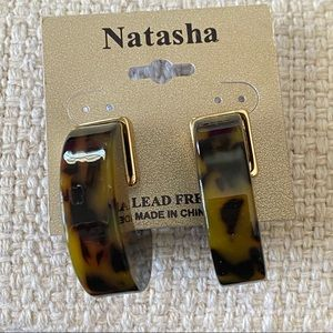 Natasha Tortoise Shell Hoop Earrings w Gold NWT